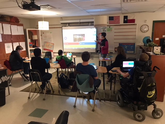 Playing Kahoot! in special education class